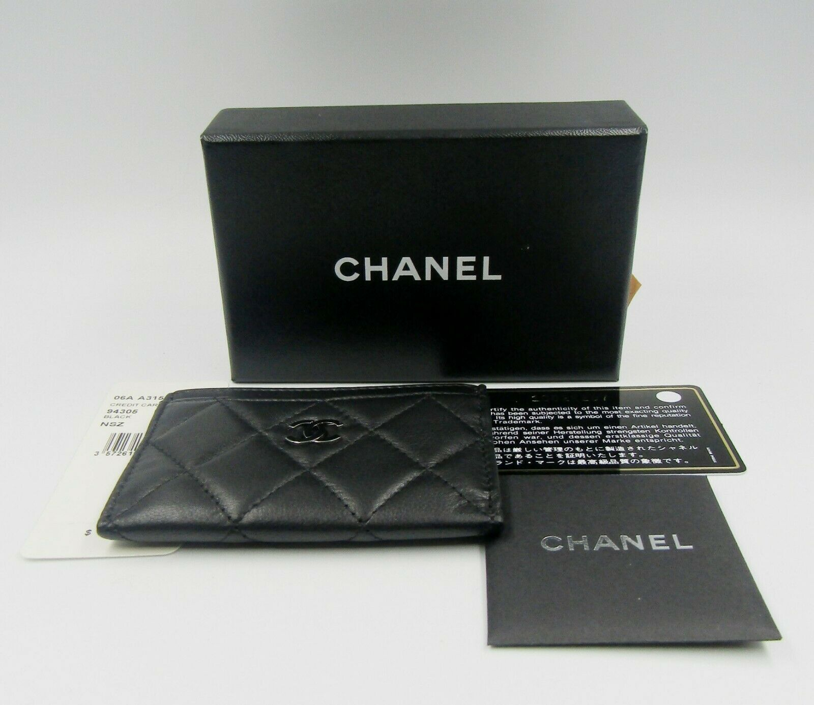 f79b69264371 ... NEW Chanel Credit Card Holder Black Leather Diamond Quilted CC Logo  Classic. Loading.